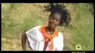 Traditional Amharic Music- Manaye Tilahun- Yewollo Tembelel