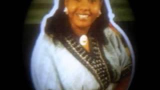 Traditional Amharic Music- Manalemosh Dibo- Abeba